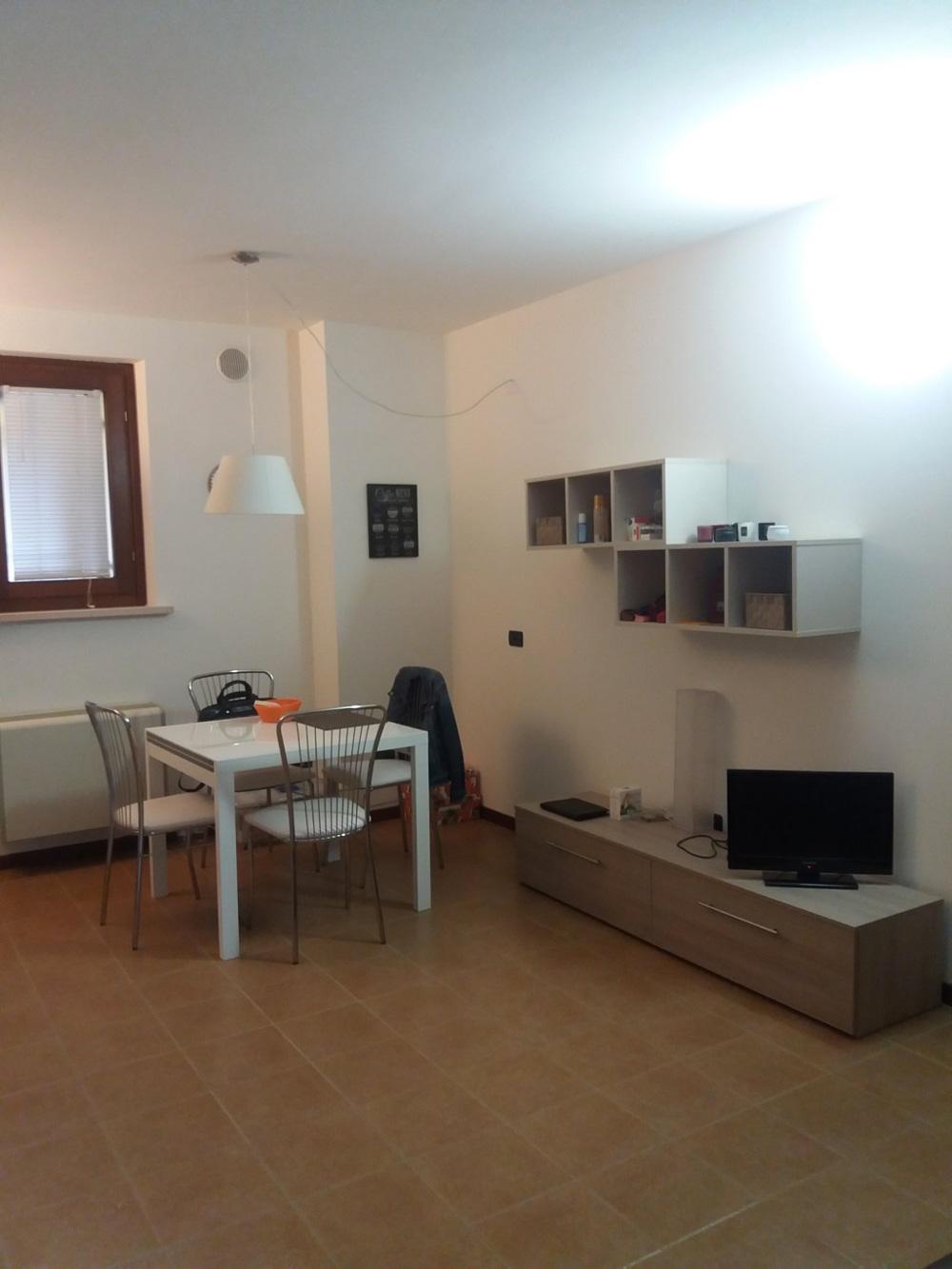 appartamento bilocale arredato piano terra int f 2 mq